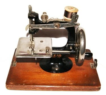 #146 Lead Sewing Machine